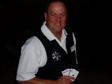 WSOP Dealer Buz Laut