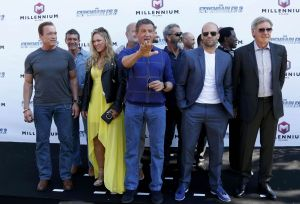 ronda-rousey-at-the-expendables-3-photocall-at-cannes_5