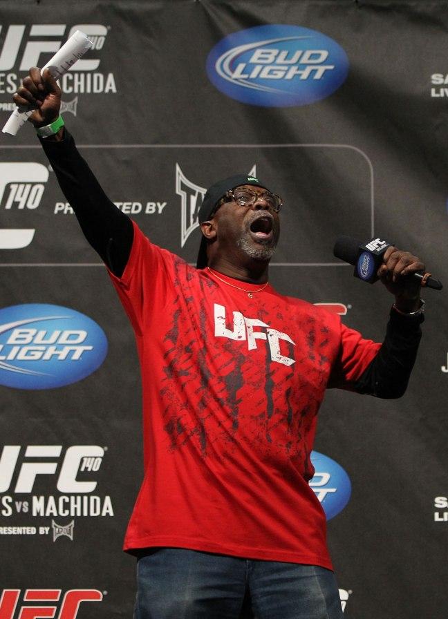 UFC 140: Weigh In