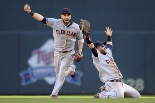 hi-res-182406210-jason-kipnis-and-nick-swisher-of-the-cleveland-indians_crop_north (1)