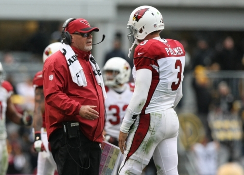 Oct 18, 2015; Pittsburgh, PA, USA; Arizona Cardinals head coach Bruce Arians talks with quarterback Carson Palmer (3) during the second half against the Pittsburgh Steelers at Heinz Field. The Steelers won the game, 25-13. Mandatory Credit: Jason Bridge-USA TODAY Sports